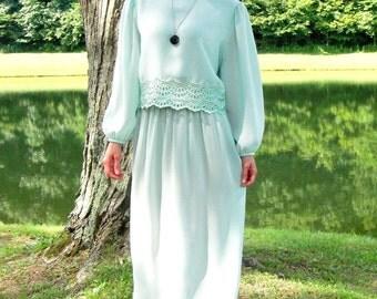 1970's Mint Green Goddess Maxi Dress. Sheer. Lace Overlay. Long Sleeves. Retro. Large L