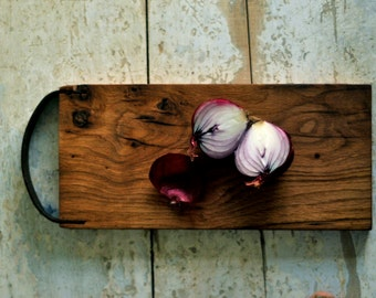 Wood cuttting board, Serving Tray, Wood board, Cutting board, Wood serving board, Cheese board, Chopping board, Reclaimed wood, Wedding gift