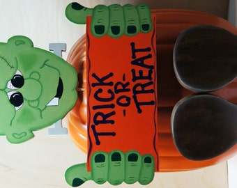 Frankenstein Halloween Pumpkin Dress Up - Wood Outdoor Sign Decoration