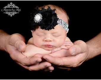 baby girls headband, Duo Sabby damask headband, Black and white Headband,  newborn headband, birthday headband, flower girl, toddler