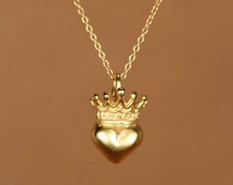 Gold heart and crown necklace. crown necklace. gold heart necklace
