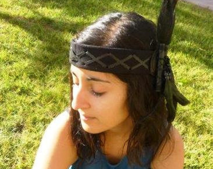 H23-Black leather headband with large rooster natural color Feathers