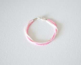 Ombre pink bracelet, bridesmaid gift,pink bracelet, ombre bracelet, seed bead bracelet, baby pink bracelet, light pink,beaded bracelet