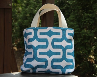 Printed designer's fabric bag with cotton liner,hand made,large beach bag or small purse bag for daily use.