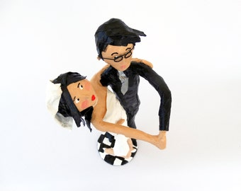 paper mache,wedding gift,free shipping,wedding sculpture,wedding couple,black,white,art,bride,groom,wedding personalized sculpture,happily.