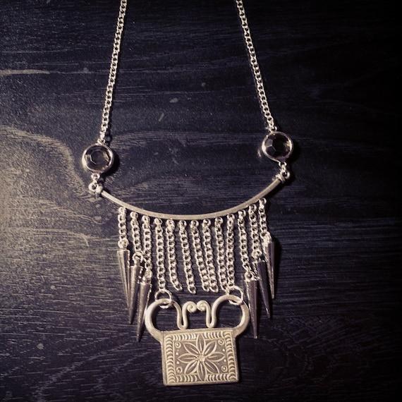 Hmong Necklace – BK3