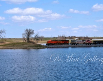 Engine Lagoon Landscape Print, Train, Locamotive KTN63
