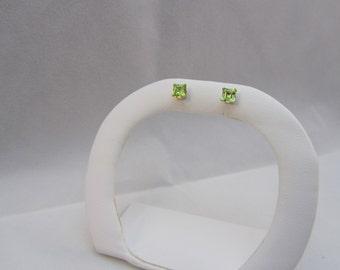 Green Peridot Earrings 10k Gold Earrings Stud Post