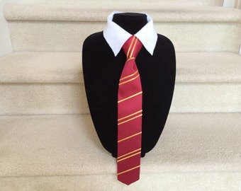 Gryffindor Tie: Harry Potter Inspired Striped Tie and Shirt Collar Combo for Gryffindor; Hogwarts Wizard Costume Tie; Photo Prop Tie