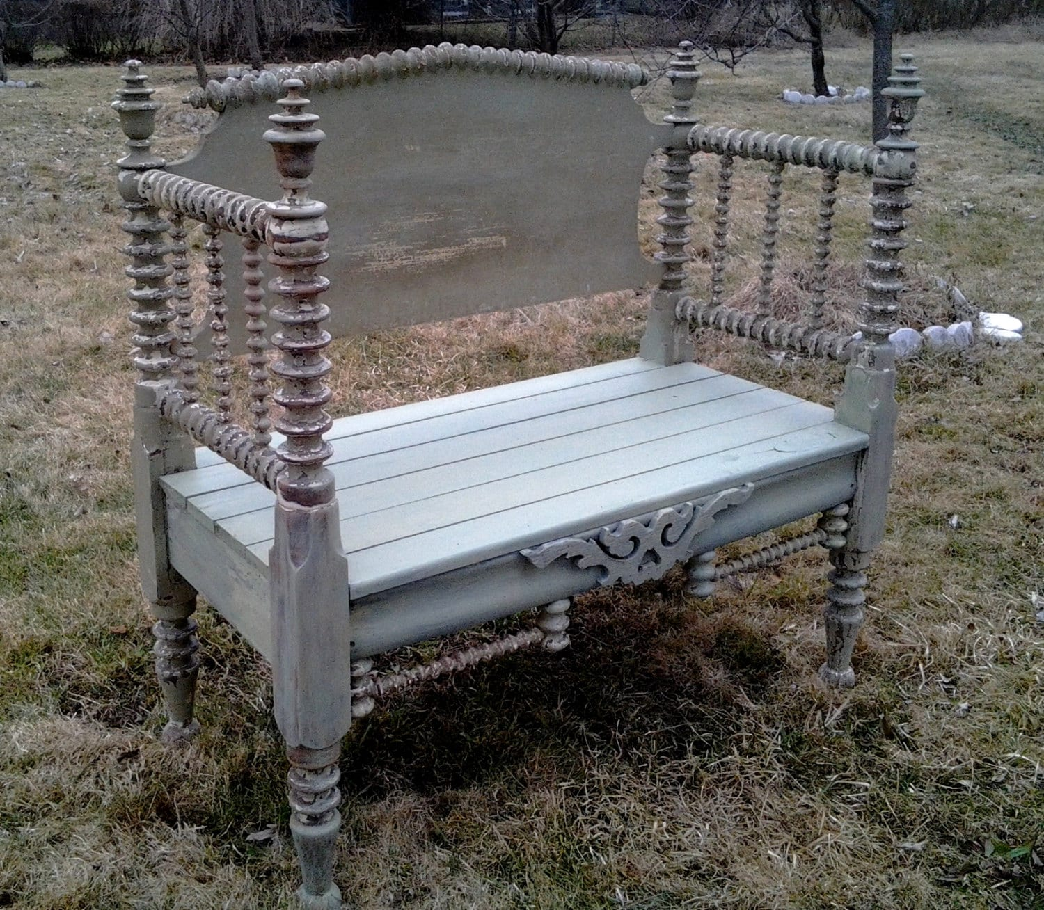 Antique Headboard Bench: Bench Made From Vintage Spindle Headboard Up Cycled By MandWs