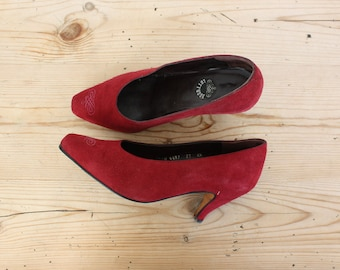 """Glamorous """"Lotusse"""" Burgundy Suede Heels, Pointy Toe, Tapered Heels, Women Shoes / 38 EU - 7 1/2 US"""