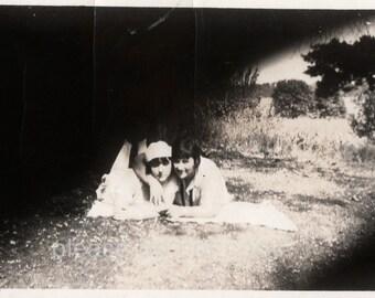 Vintage Photo ~  Girlfriends  Secret Spot ~  snapshot