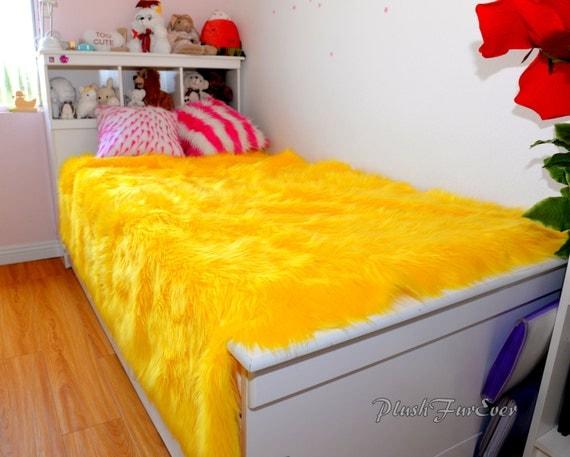 fausse fourrure couvre lit jaune fur king queen twin literie. Black Bedroom Furniture Sets. Home Design Ideas