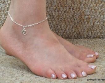 Silver ohm anklet, Silver charm ankle bracelet, Ohm ankle bracelet, Om Ankle bracelet UK, Good luck anklet, Gifts
