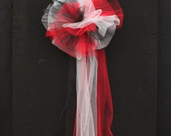 Red Black White Tulle Wedding Pew Bow - Church Pew Decorations, Wedding Aisle Decorations, Wedding Ceremony Bow, Wedding Chair Bows