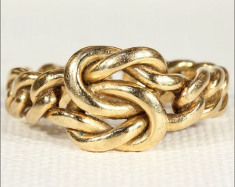 Victorian Love Knot Wedding Band Ring in 18k Gold, Size 7