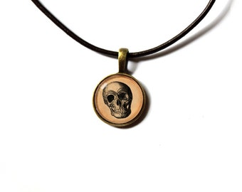 Macabre charm Gothic jewelry Skull pendant  Antique style NW70