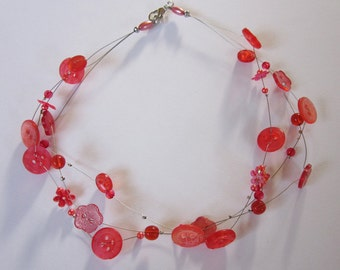 Kids: DREAMY RED, children's Necklace of vintage buttons & beads