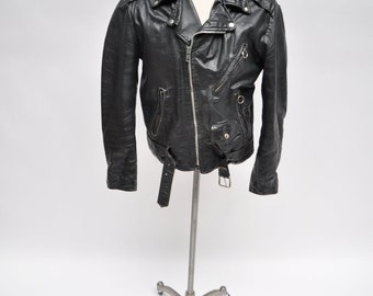 % Genuine lambskin Leather Jacket,% brand new condition with original Leather and superior quality Classic style casual jacket & due to the difference between different monitors, the picture may not reflect the actual color of the item/5(15).