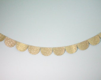 Gold Glitter Scalloped Garland
