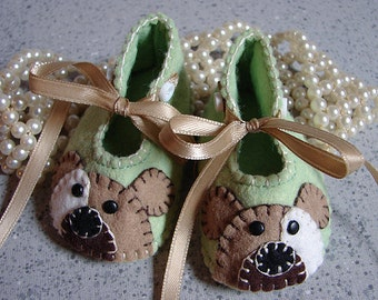 Pistachio Green Preemie Wool Felt Puppy Shoes