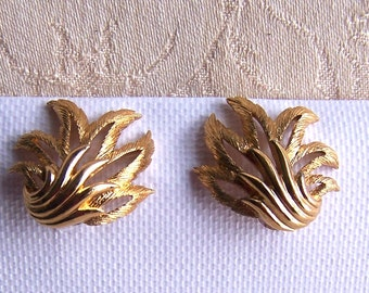 Vintage Monet Signed Earrings Vintage Leaf Designer Jewelry