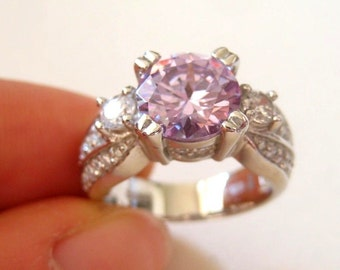New vintage sterling silver clear pink CZ ring, size 7