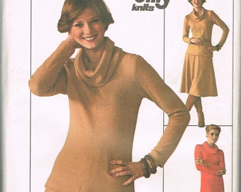 Long Cowl Neck or Turtleneck Dress, Skirt Pattern - Size Medium, 12 - 14, Bust 34 - 36 Inch - Simplicity 7750 - 1970s - Stretch Knits Only