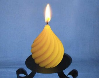 Natural candle molded wax drop twisted