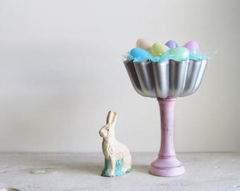 Repurposed Vintage Mirro Mold Easter Basket