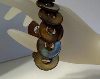 Shell Bracelet, Mother of Pearl Bracelet, Stretchy Mother of Pearl Bracelet, Topaz Dyed Mother of Pearl Circle Beads, Cat's Eye Glass Beads