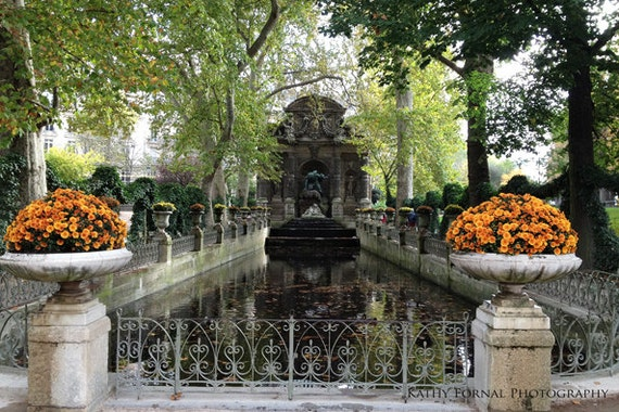 Paris photography luxembourg gardens medici fountain paris for Buvette des marionnettes du jardin du luxembourg