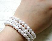 BEST SELLER ! Wedding Pearl Bracelet, Faux Pearl Stretch Bracelet Set of 3 in White