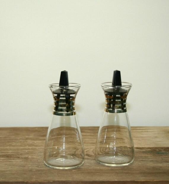 Pyrex salt and pepper shakers glass cruet set by warmnature - Salt and pepper cruet set ...