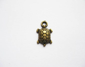 SALE - 10 SMALL Turtle Charms in Bronze Tone - C1780