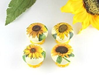 Door knob, wooden drawer knob, sunflower design, 45 mm, cabinet knob, drawer knob, sunflower knob, floral door knob