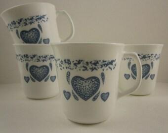 Corning Coffee Cup Mug 10 fl. oz.  Blue Country Heart Design