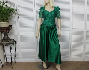 Vintage Green Lace and Satin Prom Party Dress Size