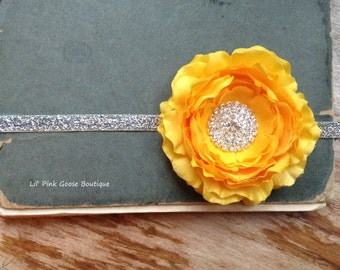 SPARKLE YELLOW Headband, Yellow Flower Headband, Baby Headband, Newborn Photo Prop, Newborn Headband, Ranunculus Mint Flower Headband