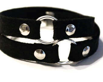 Double Wrap Black O-Ring Vegan Suede Leather Bracelet