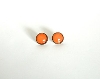 18mm Glossy Orange Post Earrings, Shiny Orange Jewelry, Bright Orange Earrings, Shiny Orange Glass Cabochon Earrings Orange Cabochon Jewelry