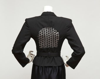 Vintage 90's Contempo Fitted Blck jacket with cutout / peephole detail on Back, Size Small