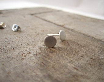 SILVER DOT SATIN - Silver dot studs, silver earrings minimalist studs