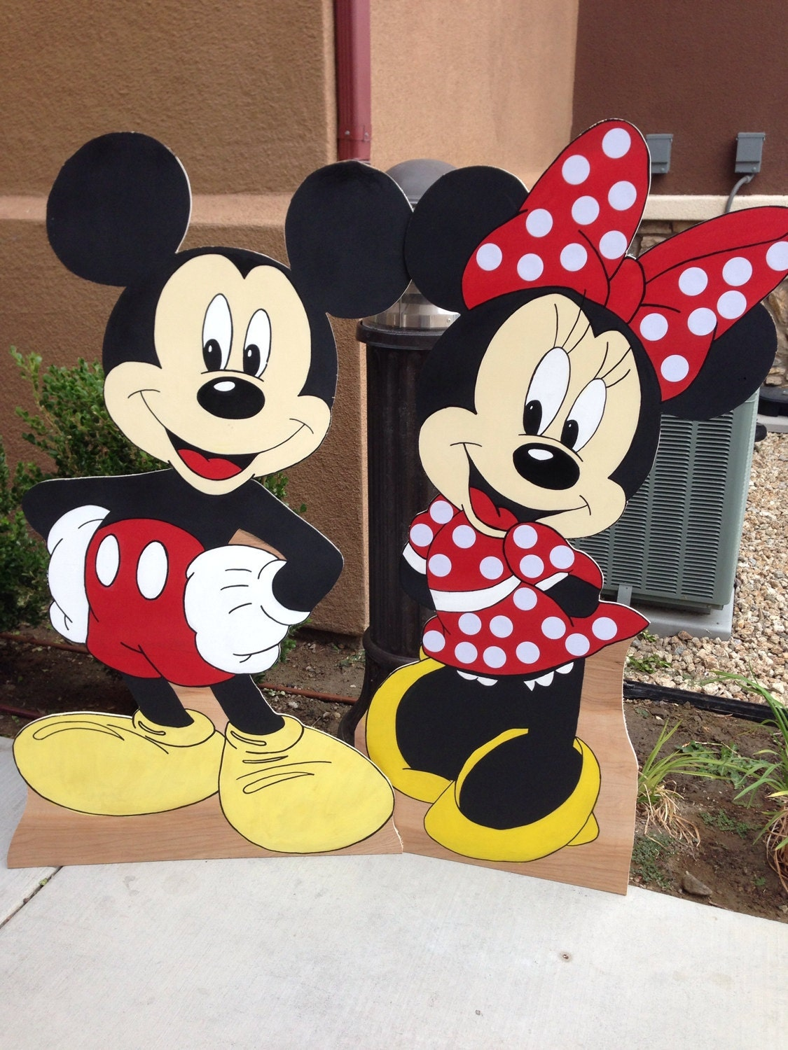 Minnie Mouse Cutout Mickey Mouse Cutout Minnie By