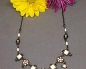 SALE! VINTAGE Elegant Necklace. Formal Vintage Necklace