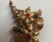 Beatrix Holiday Christmas Candle Brooch/Pin