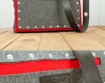 Felt satchel bag with rivet pocket and leather strap. Felt Messenger bag - Shoulder Bag - Mens Messenger Bag - Mens Satchel Bag