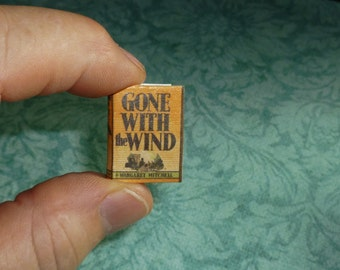 GONE WITH the WIND Dollhouse Miniature Book! Includes many famous quotes from the novel.  Charming!