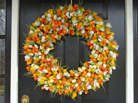 Mini Tulip Spring Wreath- 28 inch Tulip Wreath- Spring Wreath for Door (16-24 inch Sizes Also Available)- Summer Wreath
