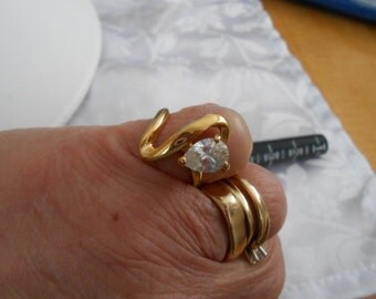 """Vintage ring, abstract crystal ring, 18 KGE ring, signed """"A"""" ring, size 7 ring, ornate ring, vintage jewelry"""